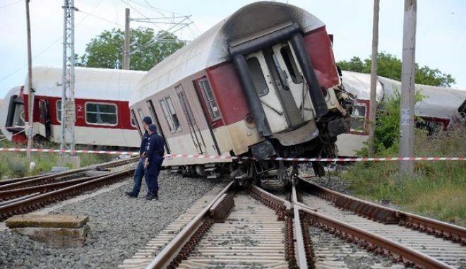 Βουλγαρία: Νεκροί και τραυματίες από εκτροχιασμό και έκρηξη τρένου