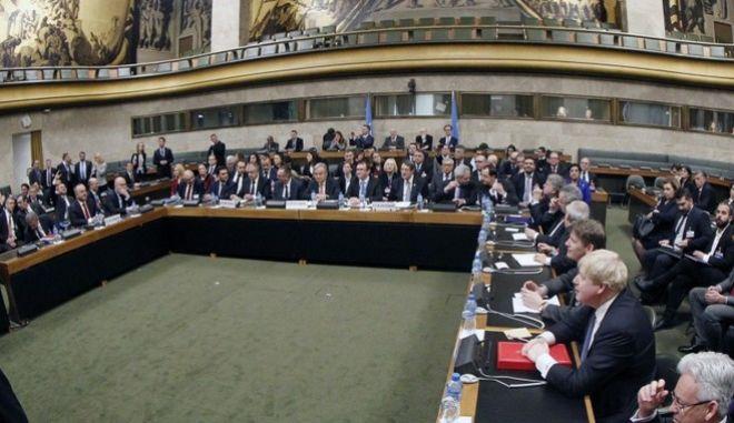 Κυπριακό: Λεπτό προς λεπτό η διάσκεψη της Γενεύης