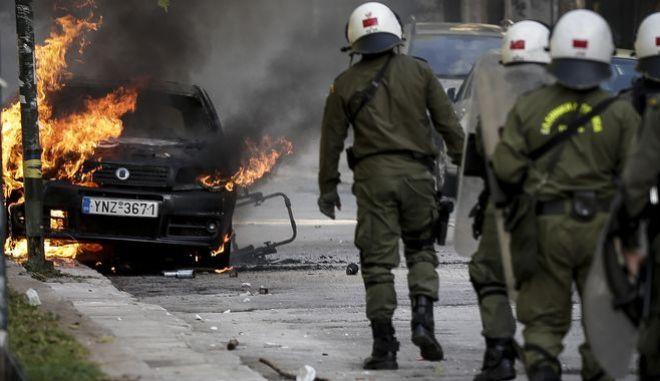 Επεισόδια στο περιθώριο του μαθητικού συλλαλητηρίου, στην οδό Τοσίτσα