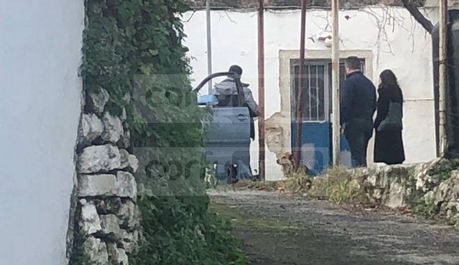 Εικόνα από το σημείο του εγκλήματος στην Αλεπού Κέρκυρας