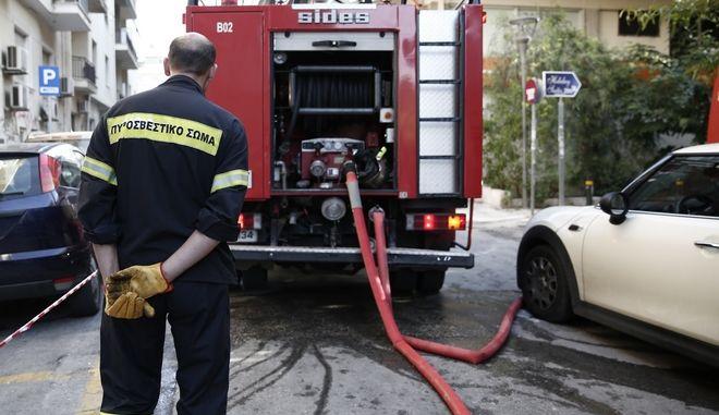 Στιγμιότυπο από επιχείρηση της πυροσβεστικής