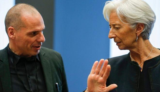 Το άρθρο του Μπλανσάρ με το οποίο 'κατέβηκε' ο Βαρουφάκης στο Eurogroup