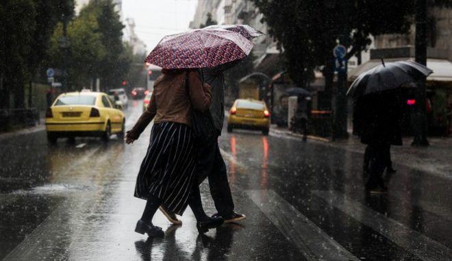 Ισχυρή βροχόπτωση στην Αθήνα