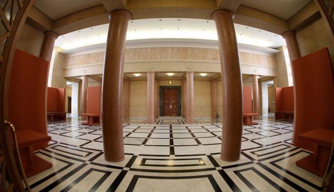 Βουλή: Ανακαλύφθηκαν ξεχασμένα ιστορικά έγγραφα
