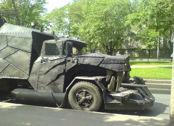 Βίντεο: Το φορτηγό του Mad Max