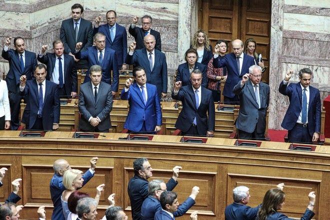 Αγιασμός και ορκωμοσία της νέας Βουλής
