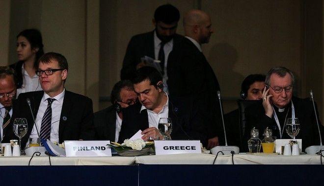 Η Μέρκελ είδε Τσίπρα και δήλωσε αισιόδοξη για κλείσιμο της αξιολόγησης
