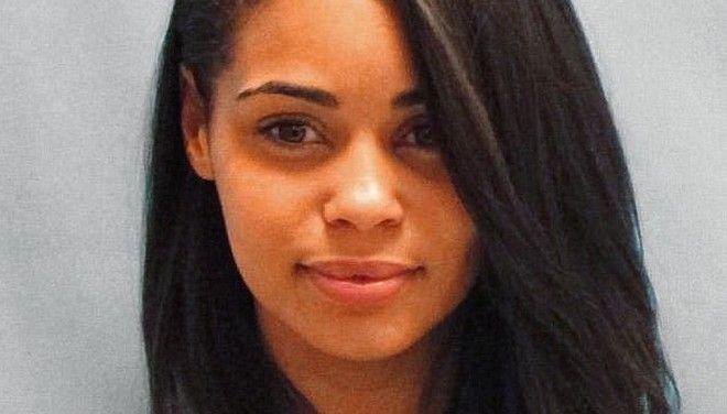 Εγκληματική ομορφιά: Οι 'καυτές' συλληφθείσες που έχουν γίνει viral