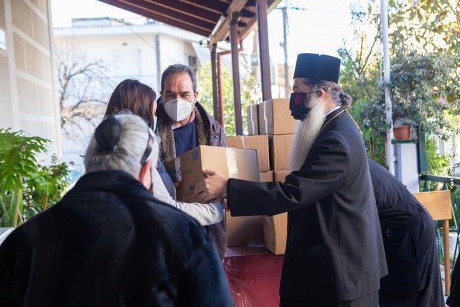 ΑΠΟΣΤΟΛΗ: 20.000 γεύματα σε Αν. Φθιώτιδα και Λαμία για το Πάσχα