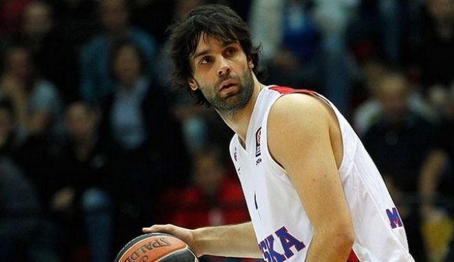 Μίλος Τεόντοσιτς
