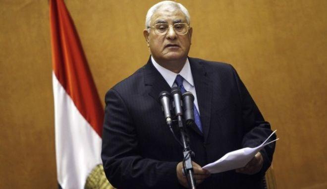 Στην Αθήνα ο Αιγύπτιος πρόεδρος Αντλί Μανσούρ