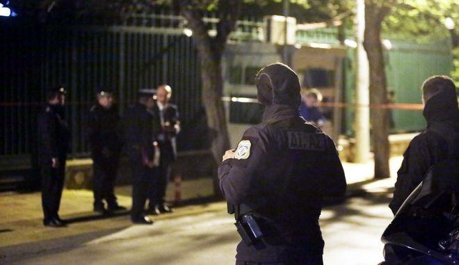 ΑΘΗΝΑ-Μπογιές στο τουρκικό προξενείο στο Παλαιό Ψυχικό, στη Λεωφόρο Βασιλέως Παύλου, πέταξε την Τετάρτη ομάδα αντιεξουσιαστών του Ρουβίκωνα. (Eurokinissi-ΣΤΕΛΙΟΣ ΜΙΣΙΝΑΣ)