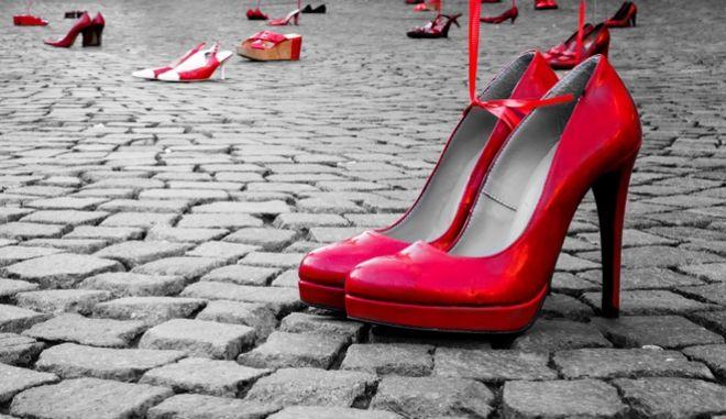 Αυξήθηκαν οι γυναικοκτονίες στην Ευρώπη μετά την άρση των lockdown