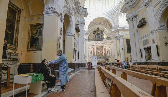 Τεστ για τον κορονοϊό στην Ιταλία
