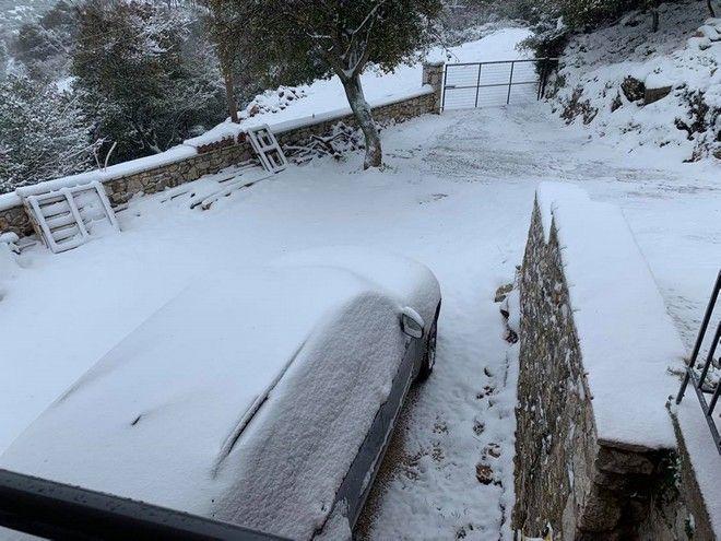 Κακοκαιρία «Μήδεια»: Χιόνια στα ορεινά της Αργολίδας. Στη φωτογραφία το χωριό Καρυά ( Κολοκοτρωνίτσι) του Δήμου Άργους Μυκηνών. Κυριακή 15 Φεβρουαρίου 2021.