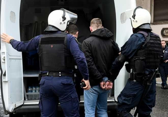 Επεισόδια με οπαδούς της Νιναμό Κιέβου έγιναν νωρίς το απόγευμα σε καφέ στο Κολωνάκι.Επιχείρηση της αστυνομίας στην οδό Σόλωνος,προσαγωγές, Πέμπτη 15 Φεβρουαρίου 2018 (EUROKINISSI/ΤΑΤΙΑΝΑ )ΜΠΟΛΑΡΗ)