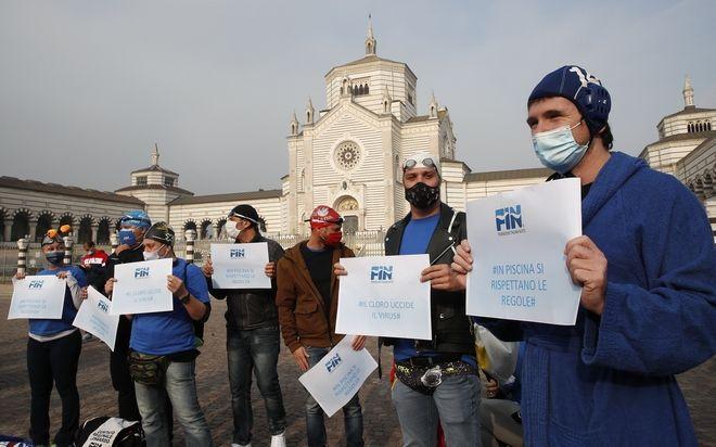 Διαμαρτυρία ιδιοκτητώ γυμναστηρίων και γυμναστών για τα νέα μέτρα κατά της διασποράς του κορονοϊού στο Μιλάνο
