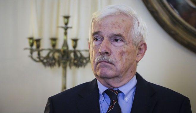 """Πάνος Λασκαρίδης: Παραιτήθηκε από την ΕΕΕ - """"'Καρφιά"""" από τους εφοπλιστές"""