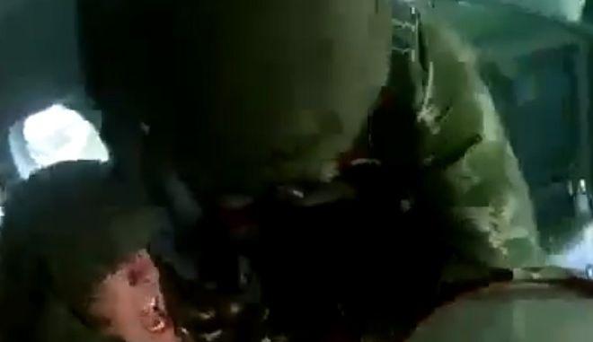 Ρώσος αλεξιπτωτιστής που δεν ήθελε να πηδήξει