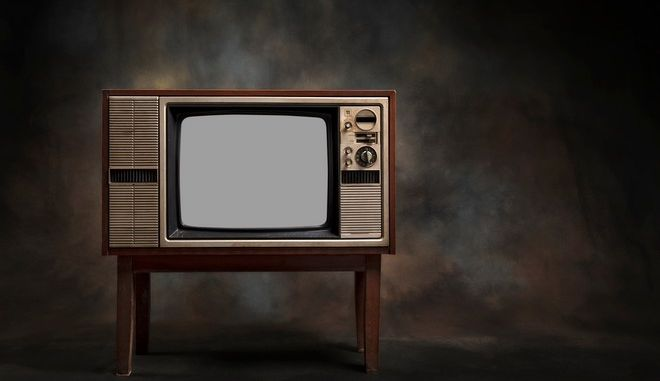 Λύθηκε το μυστήριο: Πώς μια παλιά τηλεόραση έριχνε για 18 μήνες το ίντερνετ σε ένα χωριό
