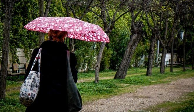 Βροχερός καιρός αναμένεται την Τετάρτη
