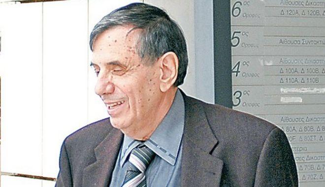 Ελεύθερος ο Γ. Ραπτόπουλος