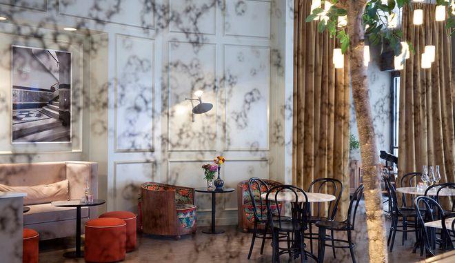 To εστιατόριο Il Barretto στην πλατεία Αγίας Ειρήνης