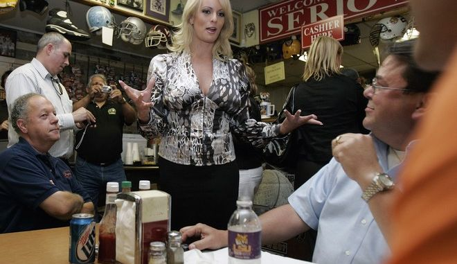 Stormy Daniels visits a local restaurant in downtown New Orleans,  Wednesday, May 6, 2009.  Daniels, an adult film star, is exploring the possibility of challenging incumbent Louisiana U.S>.Sen. David Vitter when Vitter stands for re-election. (AP Photo/Bill Haber)