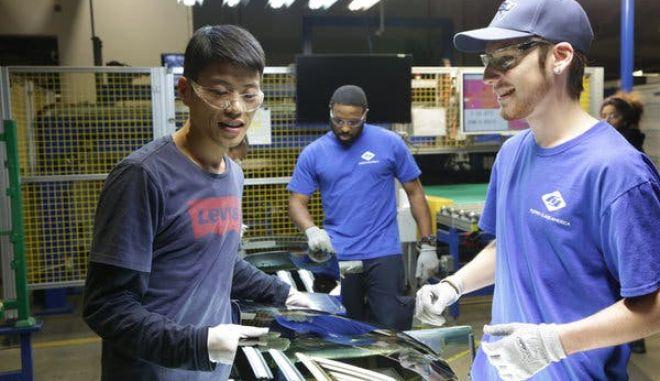 Όσκαρ 2020: Οι Ομπάμα πήραν αγαλματίδιο με το American Factory