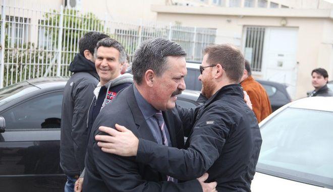 Ο Χρήστος Παππάς κατά την αποφυλάκισή του το 2015
