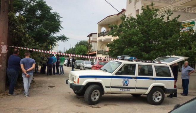 Φωτογραφία από το σημείο όπου δολοφονήθηκε η 51χρονη στη Μάνδρα