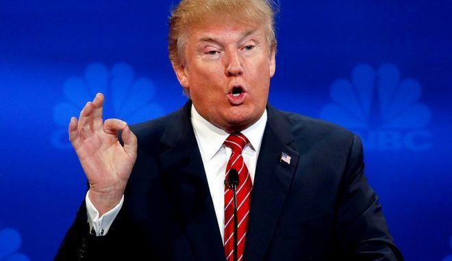 Ένταση σε συνέντευξη Τύπου του Τραμπ, αποκάλεσε δημοσιογράφο 'λεχρίτη'