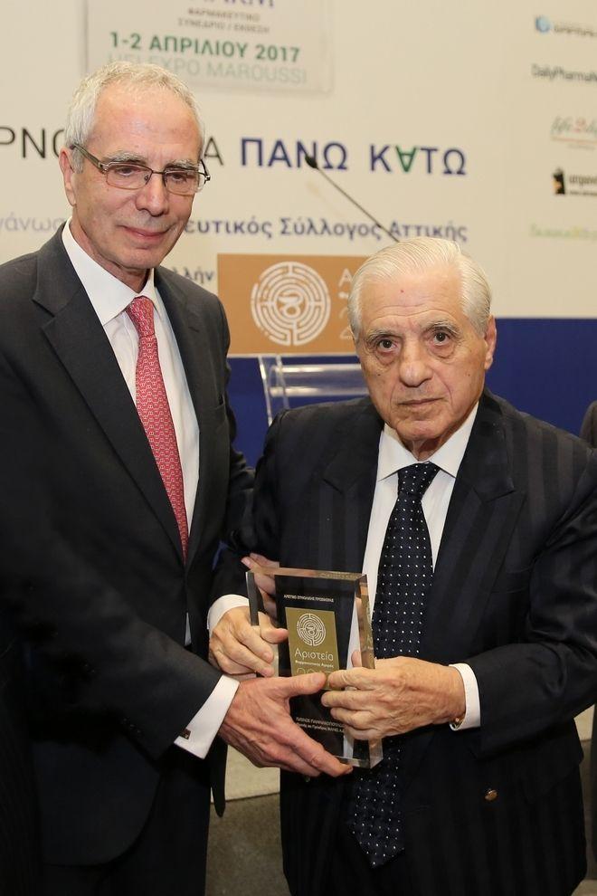 Στον Π. Γιαννακόπουλο το ειδικό βραβείο του Φαρμακευτικού Συλλόγου Αττικής