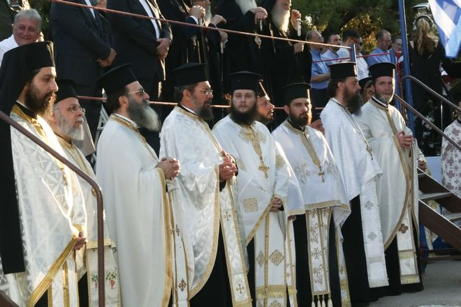 Η Εκκλησία της Ελλάδος τίμησε τον ιδρυτή της στον ιερό Βράχο του Αρείου Πάγου