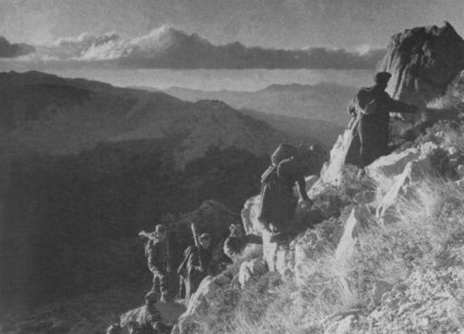 Μηχανή του Χρόνου: Η φρίκη του εμφυλίου και η μοναδική ανακωχή ανάμεσα σε αντάρτες και κυβερνητικούς