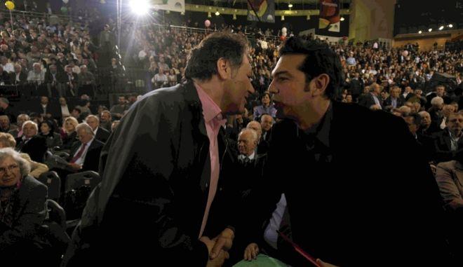 Ο Κώστας Λαλιώτης με τον Αλέξη Τσίπρα κατά τη διάρκεια του 8ου Συνεδρίου του ΠΑΣΟΚ