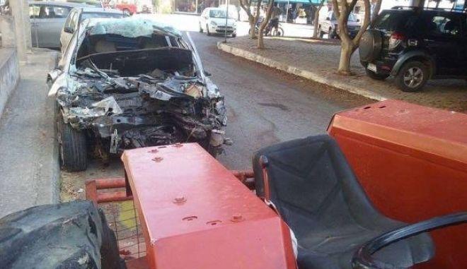 Τραγωδία στην Κυπαρισσία. Δύο νεκροί σε σύγκρουση αυτοκινήτου με τρακτέρ