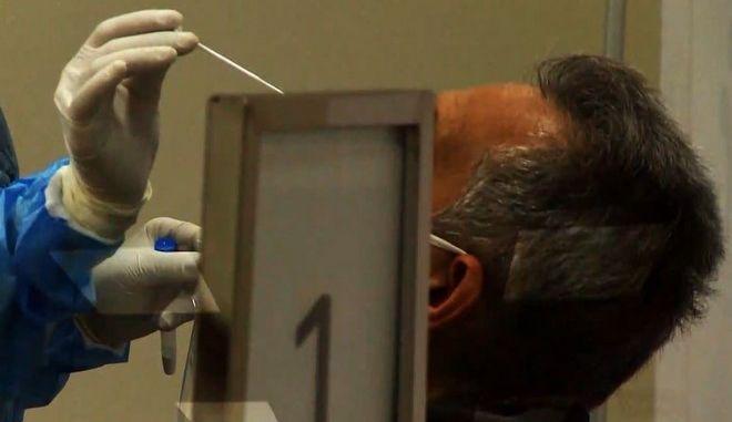 """Μεσολόγγι: Γιατρός """"θετικός"""" στον κορονοϊό με ξένο τεστ"""