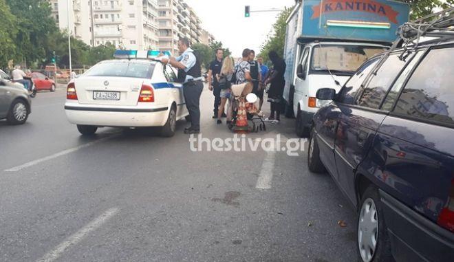 Θεσσαλονίκη: Ηλεκτρικό πατίνι παρέσυρε 3χρονο κορίτσι