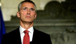 Ο γγ του ΝΑΤΟ στα Σκόπια, ενώ ο Νίμιτς ξεκινά διαπραγματεύσεις στη Νέα Υόρκη