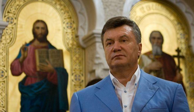 """ΤΟ ΠΡΟΣΩΠΟ ΤΗΣ ΕΒΔΟΜΑΔΑΣ: Βίκτορ Γιανουκόβιτς. Ποιος είναι ο """"τρελός"""" πρόεδρος της Ουκρανίας"""