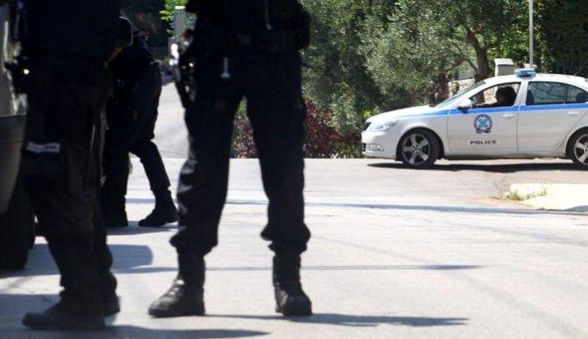Διπλή αυτοκτονία στην Κεφαλονιά: Την είδε να ξεψυχά κι έμπηξε το μαχαίρι στην καρδιά του