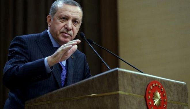 Ερντογάν: Καταφύγιο για τους τρομοκράτες, η Γερμανία