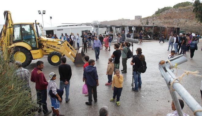 Χώρος φιλοξενίας προσφύγων στη Σούδα της Χίου.