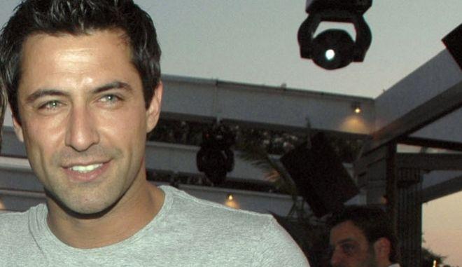 Ο παρουσιαστής Κωνσταντίνος Αγγελίδης που έπεσε θύμα τροχαίου