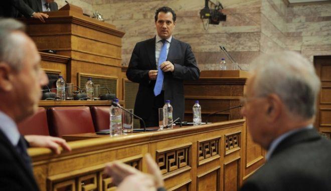 ΑΘΗΝΑ-ΒΟΥΛΗ- Επιτροπή Κοινωνικών Υποθέσεων,ο Υπουργός Υγείας,  Άδωνι Γεωργιάδης, σχετικά με τις τελευταίες εξελίξεις στον Εθνικό Οργανισμό Παροχής Υπηρεσιών Υγείας (Ε.Ο.Π.Υ.Υ.) και στο χώρο της Πρωτοβάθμιας Φροντίδας Υγείας// ΣΤΗ ΦΩΤΟΓΡΑΦΙΑ Ο ΥΠΟΥΡΓΟΣ ΑΔΩΝΙΣ ΓΕΩΡΓΙΑΔΗΣ ΑΔΩΝΙΣ ΚΑΙ Ο ΓΕΡΑΣΙΜΟΣ ΓΙΑΚΟΥΜΑΤΟΣ. (EUROKINISSI-ΚΩΣΤΑΣ ΚΑΤΩΜΕΡΗΣ)