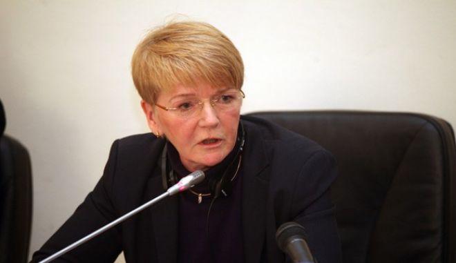 ΑΘΗΝΑ-ΒΟΥΛΗ-Η πρόεδρος της Ευρωομάδας της Αριστεράς (GUE/NGL) Gabriele Zimmer  σε συνεδρίαση βουλευτών του ΣΥΡΙΖΑ με αντικείμενο τις Ευρωπαϊκές εξελίξεις ενόψει και της Ελληνικής Προεδρίας.Τη συνεδρίαση άνοιξε με χαιρετισμό του ο πρόεδρος του ΣΥΡΙΖΑ Αλέξης Τσίπρας.(EUROKINISSI-ΖΩΝΤΑΝΟΣ ΑΛΕΞΑΝΔΡΟΣ)