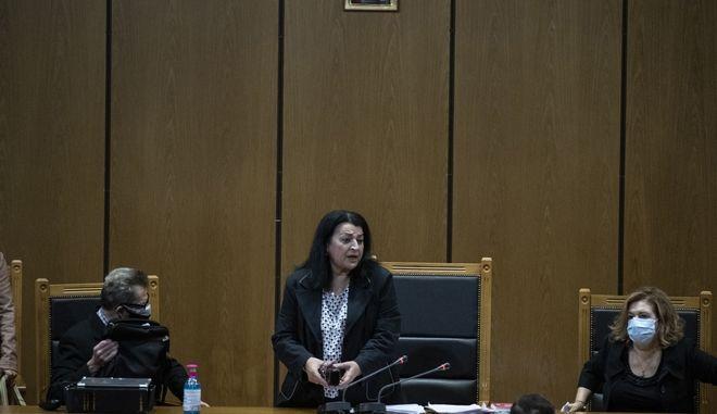 Στιγμιότυπο από την ανακοίνωση της δικαστικής απόφασης για τη Χρυσή Αυγή