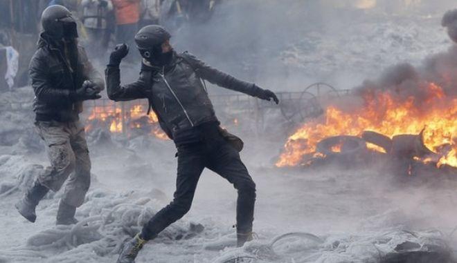 Αντιπολίτευση Ουκρανίας: Συνεχίζουμε τον αγώνα - Απαιτούμε εκλογές