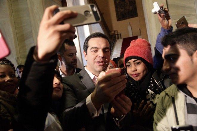 ΑΘΗΝΑ-ΒΟΥΛΗ-Ο πρωθυπουργός Αλέξης τσίπρας στην εορταστική εκδήλωση της Βουλής των Ελλήνων για τα ασυνόδευτα προσφυγόπουλα.(Eurokinissi-ΠΑΝΑΓΟΠΟΥΛΟΣ ΓΙΑΝΝΗΣ)